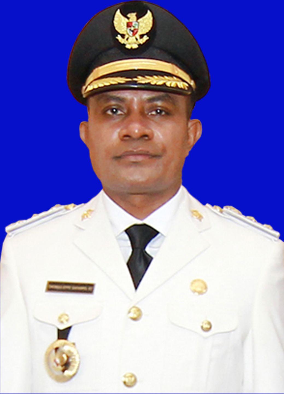 Wakil bupati Asmat  Thomas E. Safanpo. ST